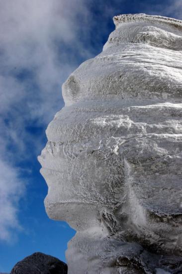 bucegi-sphinx-romania.jpg