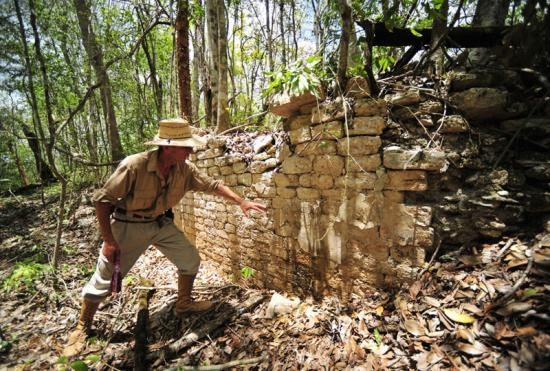 chactun-cite-maya-retrouvee.jpg