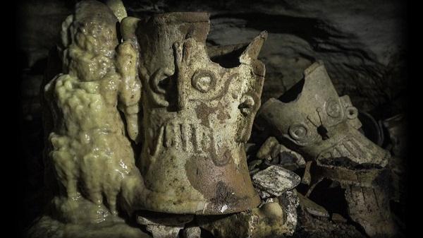Chichenitza grottesmexique1 600