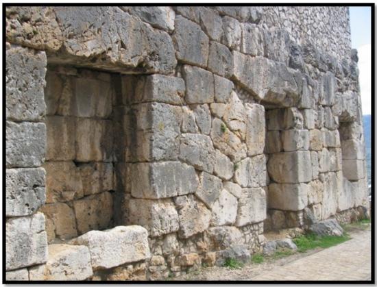 cyclopean-ruins-alatri-italy-5.jpg