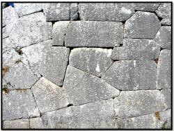 cyclopean-ruins-pigra-pietrabbondante-2.jpg