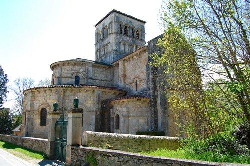 Eglise de sainte croix de veauce