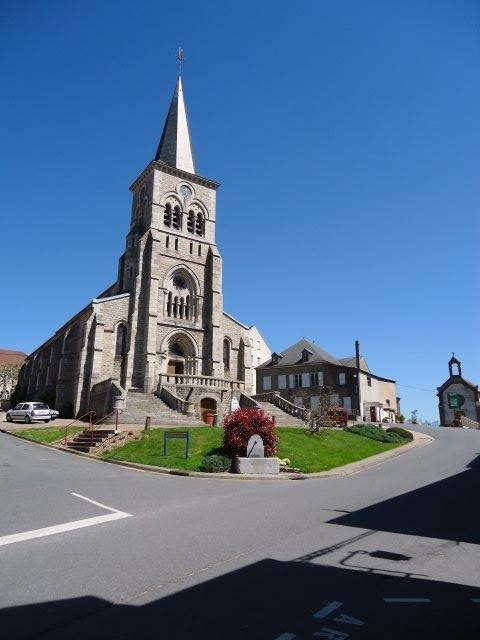 Eglise mayet montagne2