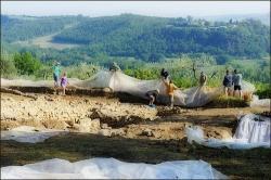 etrusque-pyramidesensous-sol.jpg