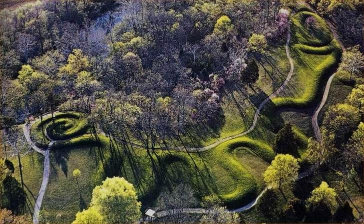 Greatserpentmound ohio