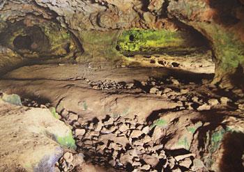 grotte-de-marche-vue-interieure.jpg