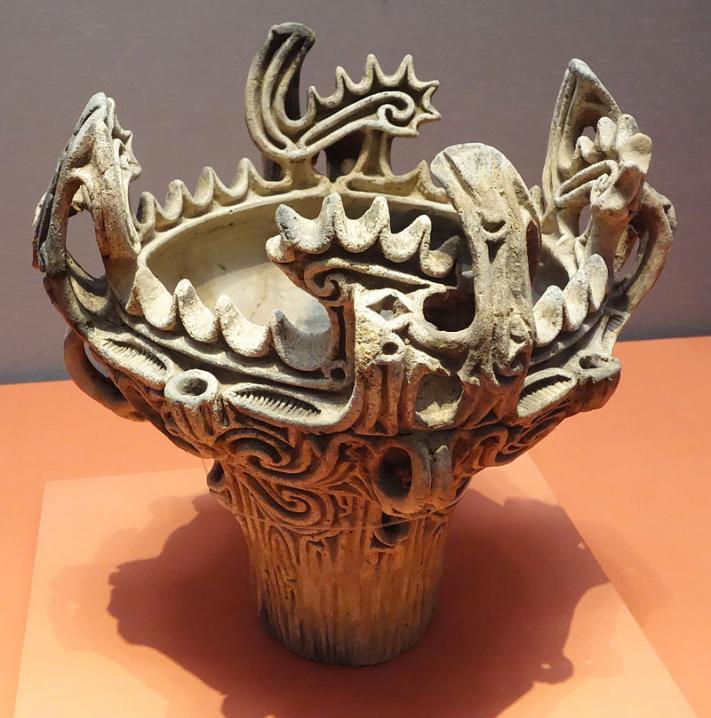 Jomon vessel with flame like ornamentation umataka nagaoka shi niigata jomon period 3000 2000 bc tokyo national museum