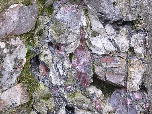 Mur vitrifie sainte suzanne mayenne france