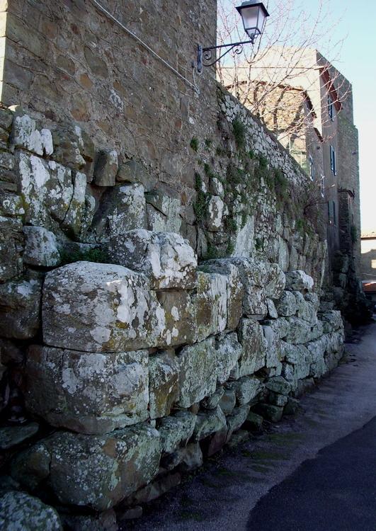 Mura ciclopiche vetulonia gr