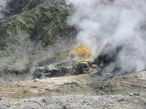 Phlegraen fields sulfur 500x375
