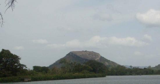 pidurangala-2.jpg