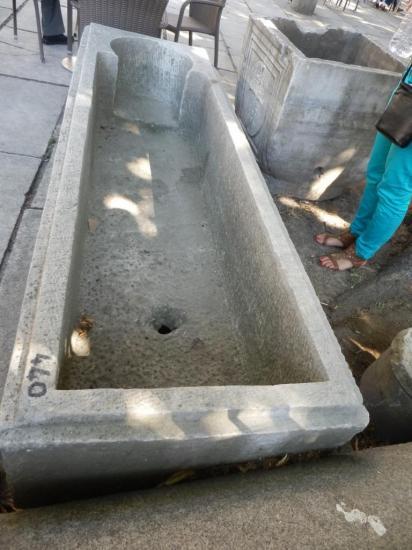 sarcophage2.jpg