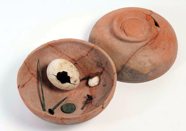 Sardis ritual egg deposit