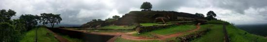 sigirya-sri-lanka-niveau5-panorama-pyramide.jpg
