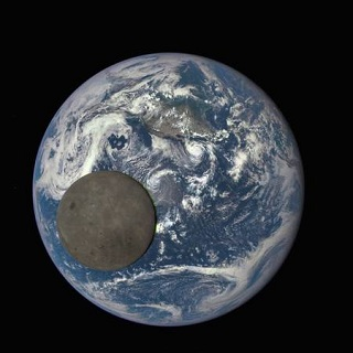 Transit lune terre dscovr aout2015 mini