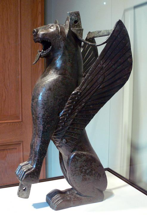 800px getty villa tartessian winged feline inv 79 ac 140