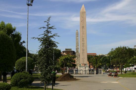 Byzantine obelisque
