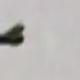 Deux ovnis en forme de disque suivent un avion au dessus de l'Ontario