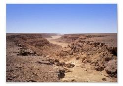 canyon-dans-le-desert-photo-de-riviere-du-sahara-moyen-1.jpg