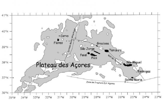 Carte du plateau des acores et des principales structures tectoniques dapres vogt 2004