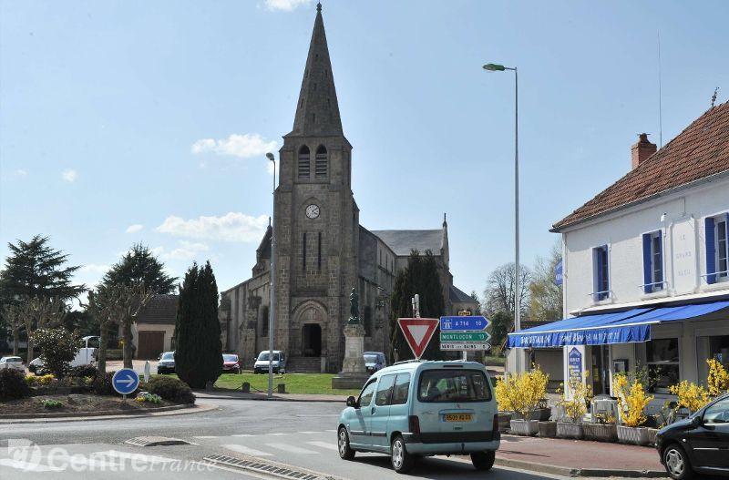 Eglise stmartial de larquille