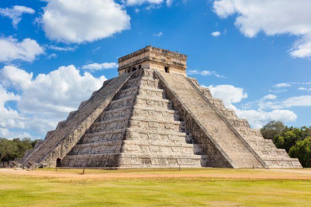 El castillo temple de kukulkan mexique
