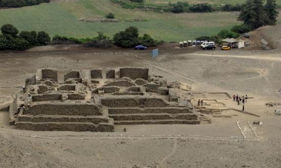 el-paraiso-temple-5000-ans.jpg