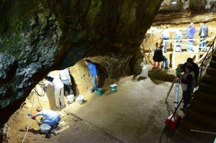 Grotte bacho kiro bulgarie 45000ans1