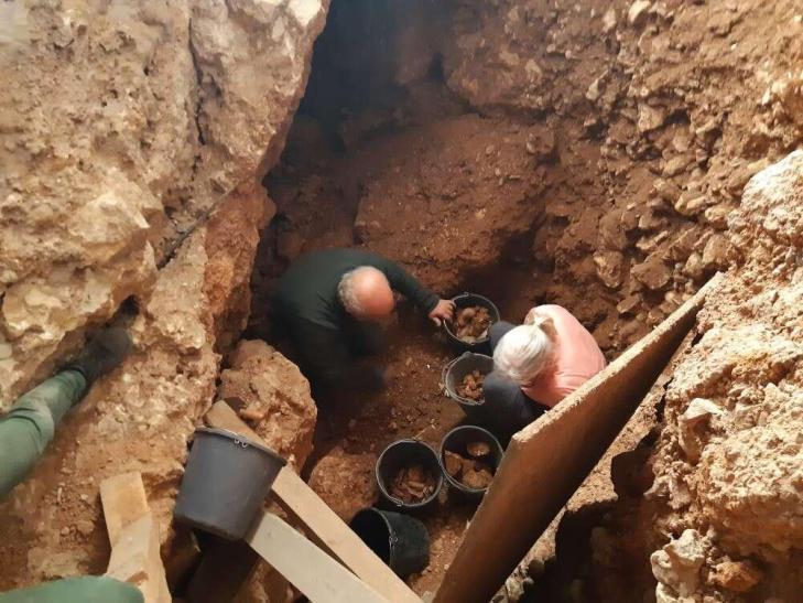 Grotteqesem fouilles2020