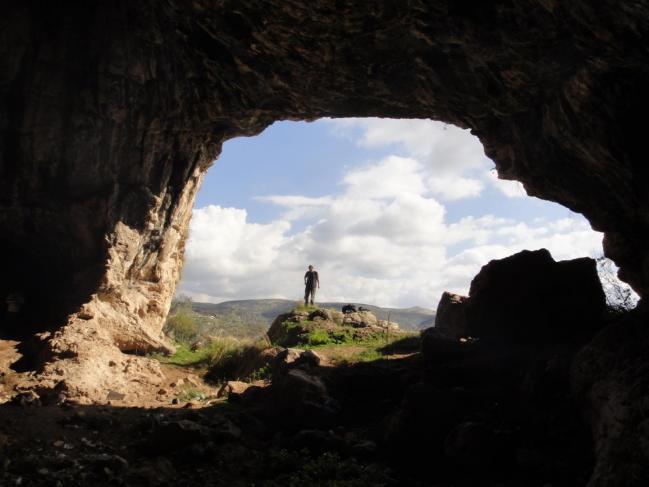 Grotteshukbah1