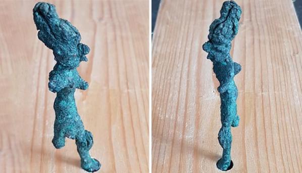 Israel smiting god figurine clean lighthouse700x400