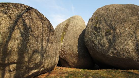 Les pierres jaumatres
