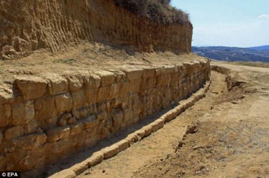mur-marbre-grece-alexandre1.jpg