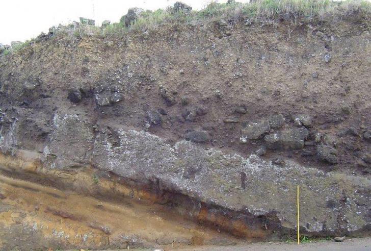 Outcrop of the lajes ignimbrite west of lajes village terceira acores