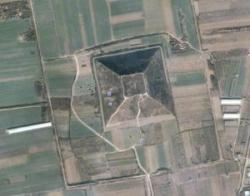 pyramidexianyang.jpg