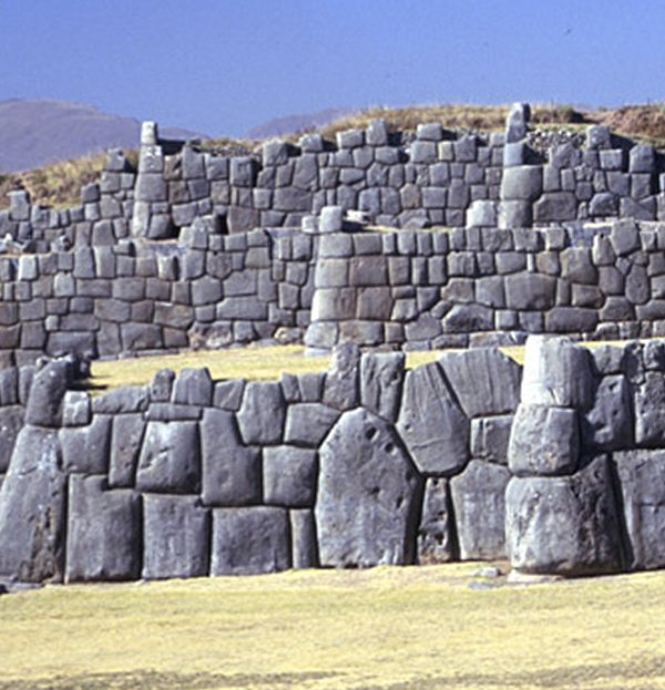 Sacsayhuaman2