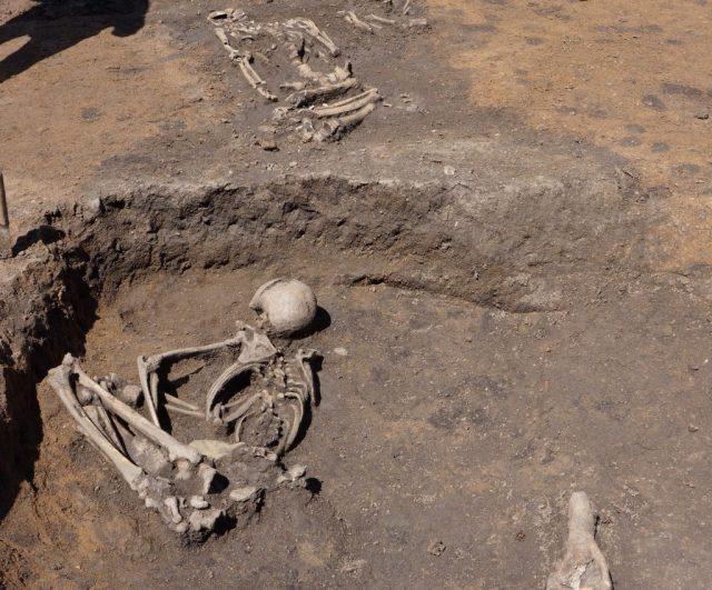 Slatina neolithic settlement sofia bulgaria 8000 year old graves prehistory 7