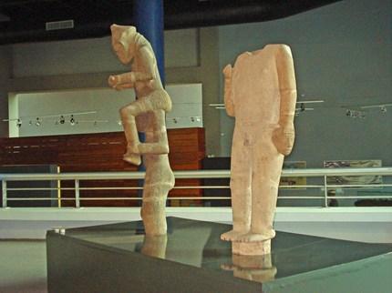 Statuesdebarrilesaumuseedepanama