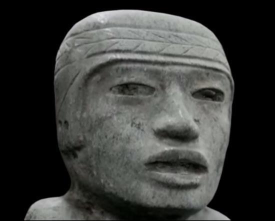 Statuette theotiuacan