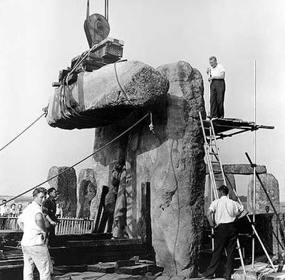 stonehenge1964a.jpg