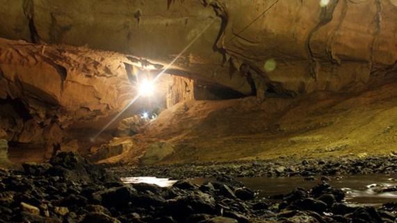 Tham chang cave vietnam