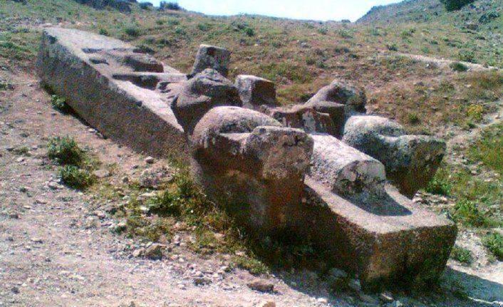 Turquie monolithe2