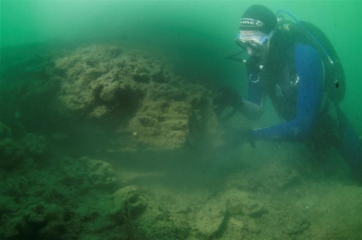 Uk stone age boat site 01